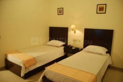 Bedroom Image of Naimi Enterprise PG in Malad East