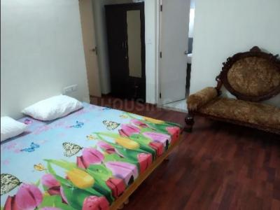 Gallery Cover Image of 1080 Sq.ft 2 BHK Apartment for rent in Adani The Meadows, Khodiyar for 25000