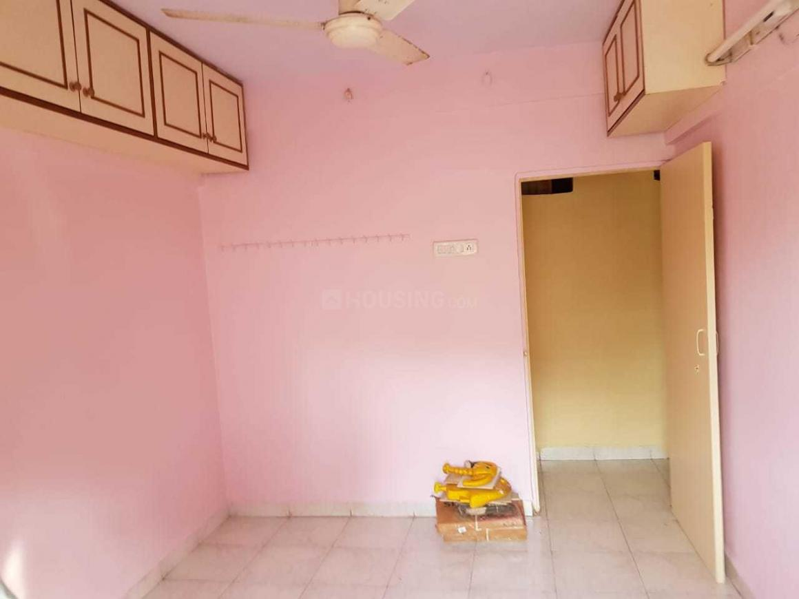 Bedroom Image of 750 Sq.ft 2 BHK Apartment for rent in Mira Road East for 17000