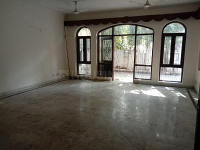 Gallery Cover Image of 3000 Sq.ft 5 BHK Independent House for rent in Sector 33 for 55000