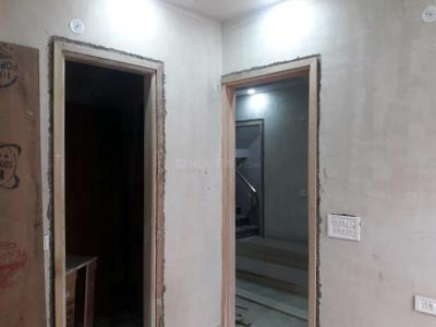 Gallery Cover Image of 800 Sq.ft 3 BHK Independent Floor for buy in Sector 24 Rohini for 7200000