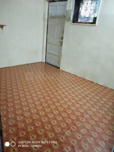 Gallery Cover Image of 700 Sq.ft 1 BHK Apartment for rent in Santacruz East for 18000