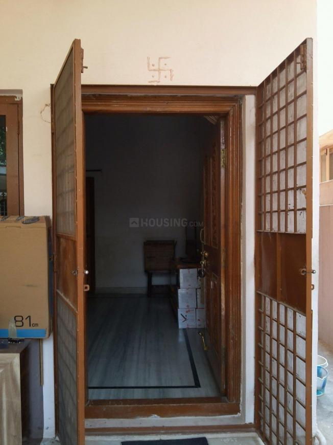 Main Entrance Image of 1700 Sq.ft 2 BHK Independent Floor for rent in Bolarum for 8000