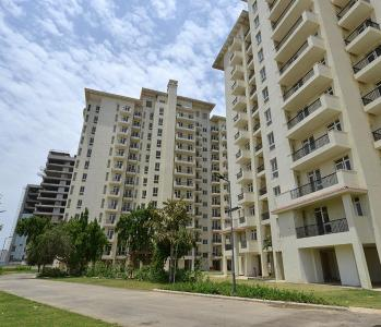 Gallery Cover Image of 1020 Sq.ft 2 BHK Apartment for buy in Sector 65 for 9600000