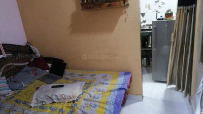 Gallery Cover Image of 300 Sq.ft 2R Independent House for rent in Kandivali East for 12000