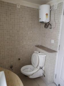 Gallery Cover Image of 936 Sq.ft 1 BHK Apartment for buy in Jaypee The Pavilion Court, Sector 128 for 4500000