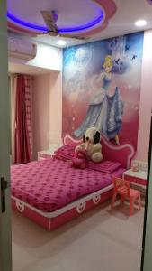 Gallery Cover Image of 1100 Sq.ft 2 BHK Apartment for rent in Borivali West for 39000