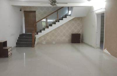 Gallery Cover Image of 4000 Sq.ft 5 BHK Apartment for rent in Yapral for 44000