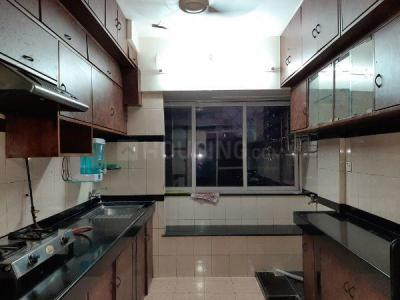 Gallery Cover Image of 980 Sq.ft 2 BHK Apartment for rent in Bandra East for 75000