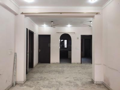 Gallery Cover Image of 2000 Sq.ft 3 BHK Independent Floor for rent in Sector 39 for 30000