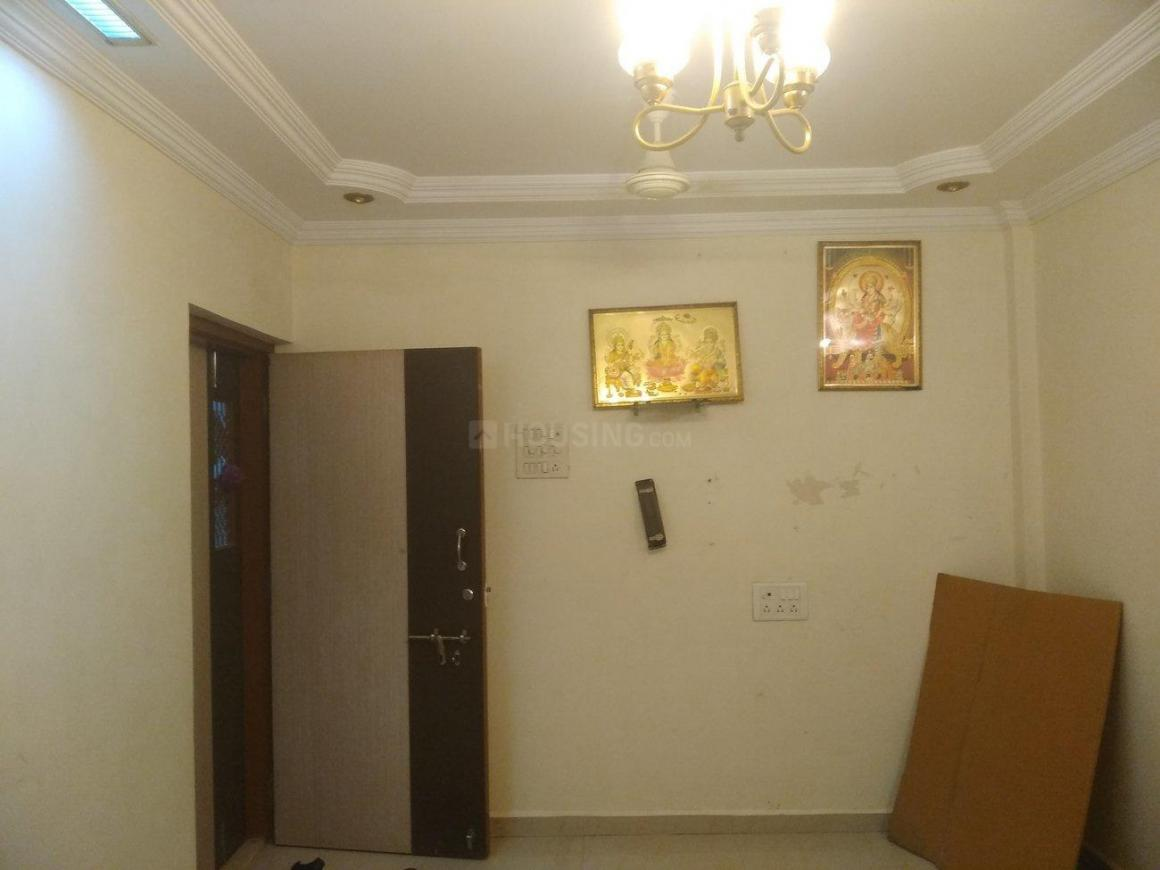 Living Room Image of 535 Sq.ft 1 BHK Apartment for rent in Ghatkopar West for 25000