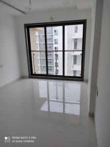 Gallery Cover Image of 700 Sq.ft 1 BHK Apartment for rent in Neminath Luxeria, Andheri West for 29000