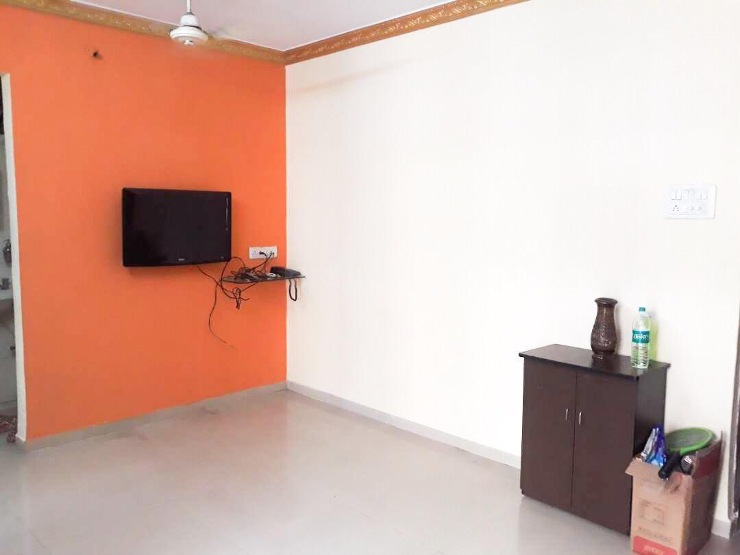 Living Room Image of 640 Sq.ft 1 BHK Apartment for rent in Kamothe for 14500