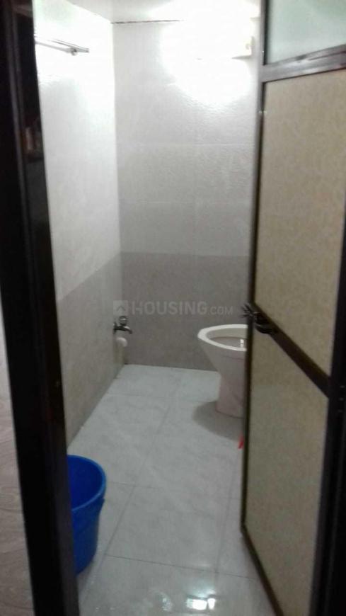 Common Bathroom Image of 256 Sq.ft 1 RK Apartment for rent in Vikhroli East for 13000