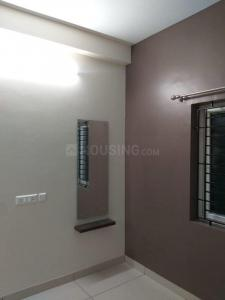 Gallery Cover Image of 974 Sq.ft 2 BHK Apartment for buy in Madambakkam for 4620000