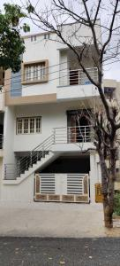 Gallery Cover Image of 2975 Sq.ft 3 BHK Independent House for buy in ISRO Layout for 16500000
