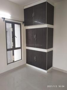 Gallery Cover Image of 1235 Sq.ft 3 BHK Apartment for rent in Siddha Water Front, Barrackpore for 14000