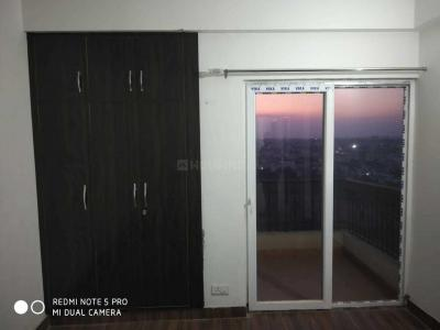 Gallery Cover Image of 1000 Sq.ft 2 BHK Apartment for rent in Wave City for 7000
