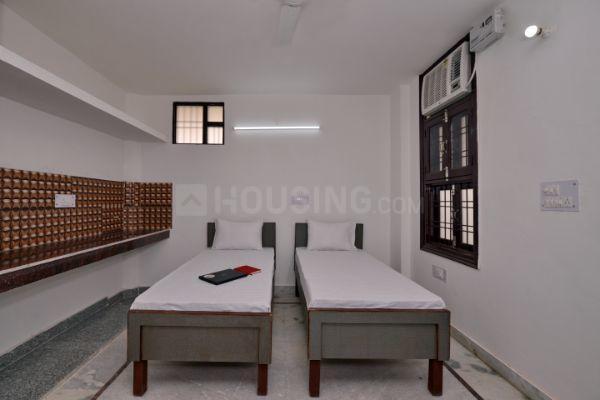 Bedroom Image of Oyo Life Grg1151 in Sector 33