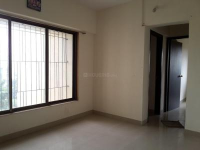 Gallery Cover Image of 770 Sq.ft 2 BHK Apartment for buy in Thane West for 8300000