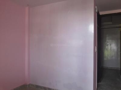 Gallery Cover Image of 355 Sq.ft 1 BHK Independent Floor for buy in Sector 4 Rohini for 3000000