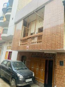 Gallery Cover Image of 1200 Sq.ft 4 BHK Independent House for buy in Sector 39 for 3200000