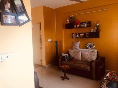 Gallery Cover Image of 808 Sq.ft 2 BHK Apartment for rent in Samethana Lakefront, Thirumalashettyhally for 15000