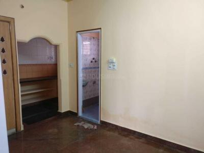 Gallery Cover Image of 1500 Sq.ft 2 BHK Independent Floor for rent in Shanti Nagar for 30000