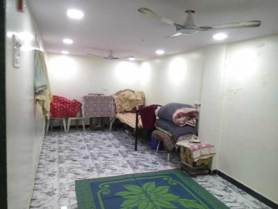 Gallery Cover Image of 700 Sq.ft 2 BHK Apartment for rent in Goregaon West for 26000