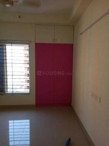 Gallery Cover Image of 1960 Sq.ft 3 BHK Apartment for rent in Mambakkam for 15500