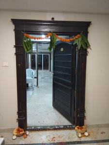 Gallery Cover Image of 1990 Sq.ft 3 BHK Apartment for rent in Toli Chowki for 40000