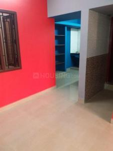 Gallery Cover Image of 1000 Sq.ft 2 BHK Apartment for rent in Porur for 17000