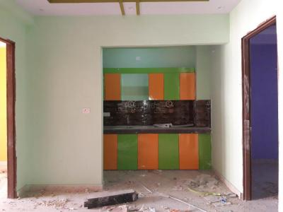 Gallery Cover Image of 950 Sq.ft 3 BHK Apartment for buy in Uphaar Homes 2, Sector 105 for 4000000