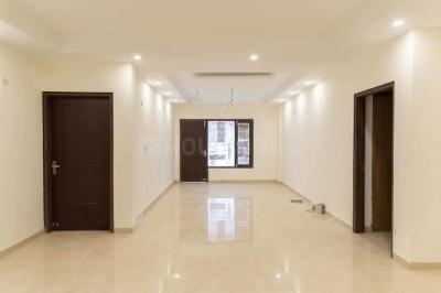 Gallery Cover Image of 1800 Sq.ft 3 BHK Apartment for rent in Jasola Vihar for 45000