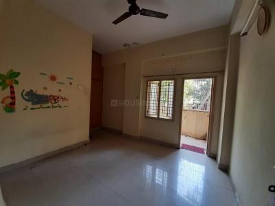 Gallery Cover Image of 1176 Sq.ft 3 BHK Apartment for rent in Sri Venkata Sai Nilayam, Kukatpally for 20000