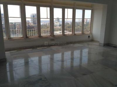 Gallery Cover Image of 1750 Sq.ft 3 BHK Apartment for rent in Andheri West for 80000