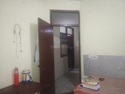 Bedroom Image of Neeraj PG in Laxmi Nagar