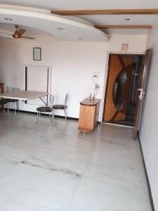 Gallery Cover Image of 870 Sq.ft 2 BHK Apartment for rent in Borivali West for 35000