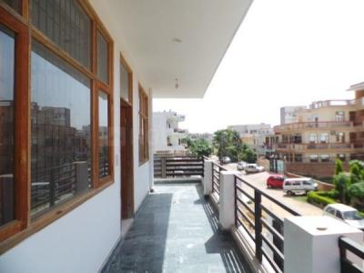 Gallery Cover Image of 3119 Sq.ft 3 BHK Independent House for rent in Sector 10A for 25000