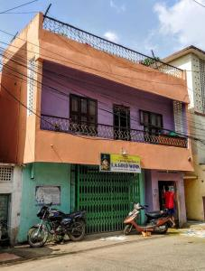 Gallery Cover Image of 780 Sq.ft 2 BHK Independent House for buy in Perambur for 9000000