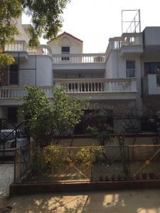Gallery Cover Image of 4200 Sq.ft 4 BHK Independent House for buy in Sector 23A for 30000000