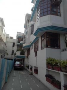 Gallery Cover Image of 1600 Sq.ft 2 BHK Independent Floor for rent in Greater Kailash for 40000