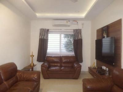 Gallery Cover Image of 1200 Sq.ft 3 BHK Apartment for rent in Besant Nagar for 40000