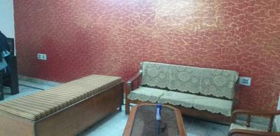 Gallery Cover Image of 1100 Sq.ft 3 BHK Independent Floor for rent in Moti Nagar for 22000