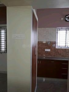Gallery Cover Image of 1200 Sq.ft 2 BHK Apartment for rent in Annanagar East for 25000