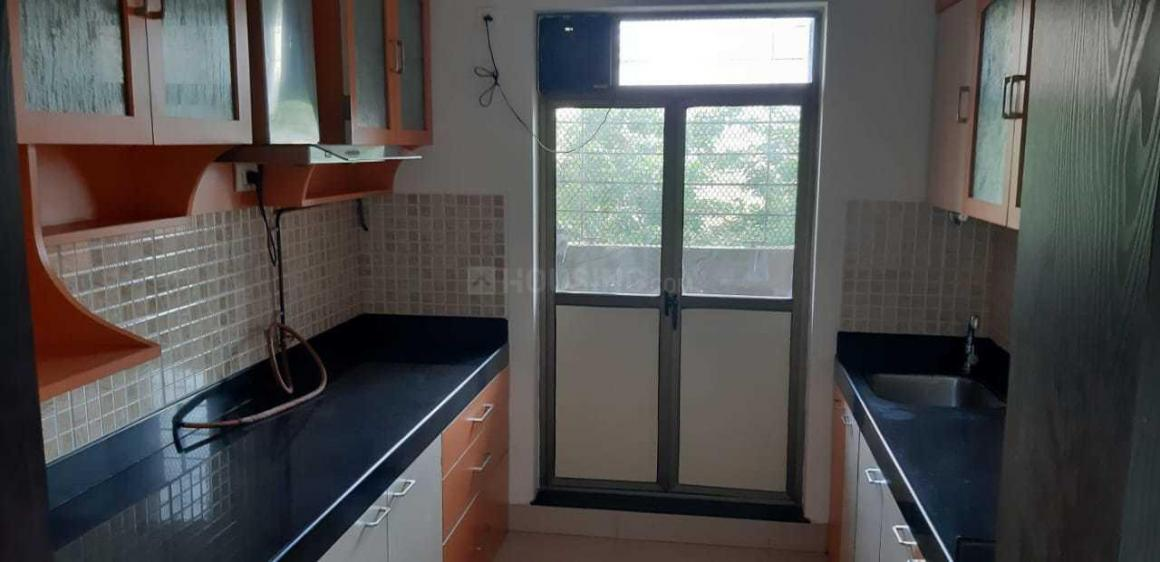 Kitchen Image of 865 Sq.ft 2 BHK Apartment for rent in Kandivali East for 35000