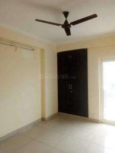 Gallery Cover Image of 1175 Sq.ft 2 BHK Apartment for rent in Gaursons Hi Tech 6th Avenue, Noida Extension for 10000