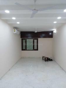 Gallery Cover Image of 1750 Sq.ft 3 BHK Apartment for rent in DDA Flats Vasant Kunj, Vasant Kunj for 65000