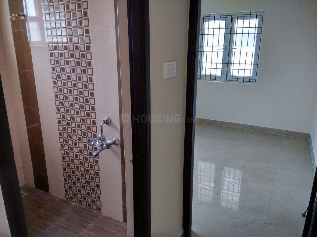 Passage Image of 900 Sq.ft 2 BHK Villa for buy in Avadi for 3000000