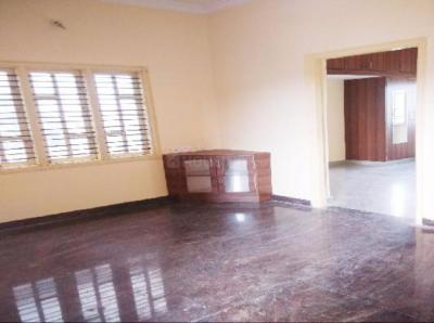 Gallery Cover Image of 700 Sq.ft 1 RK Independent House for rent in Kumaraswamy Layout for 10000